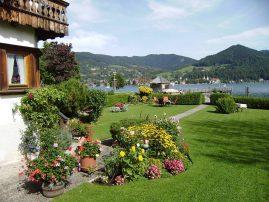 Bluemenpracht im Garten von Haus Seeblick